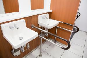 受水槽・高架水槽・揚水ポンプなどの保守管理